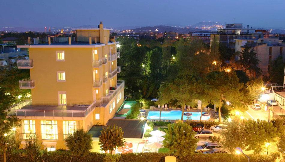 hotel-bahama-rimini